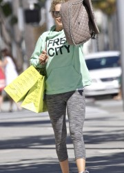 Ashley Tisdale in Leggings