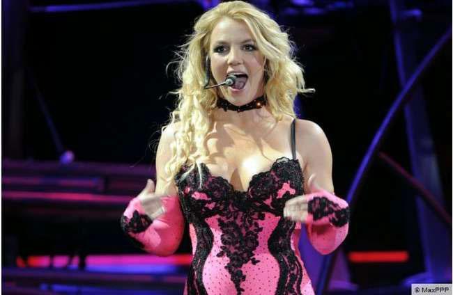 Femme Fatale Tour Archives - HawtCelebs - HawtCelebs Britney Spears Tickets