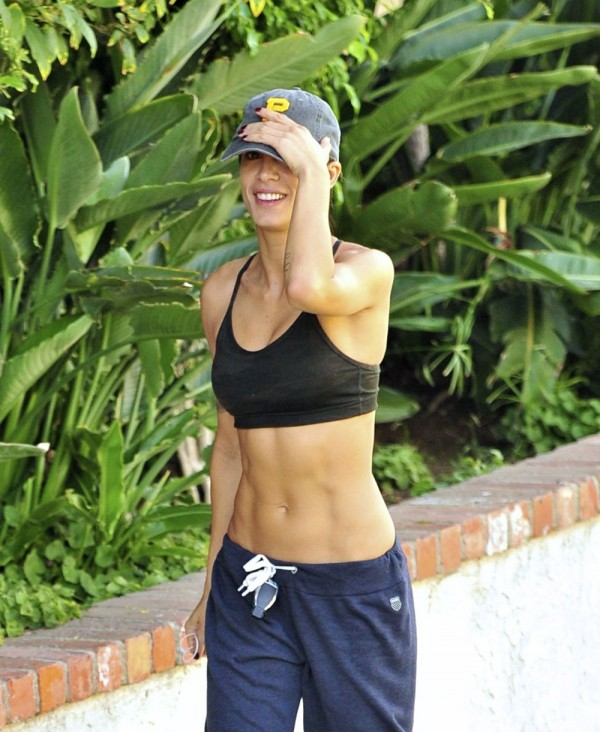 Elisabetta Canalis Jogging in Los Angeles