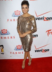 Eva Longoria at the PADRES Contra El Cancer Annual Gala