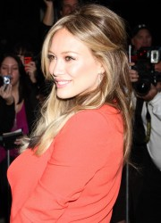 Hilary Duff Arrives at Good Morning America in New York