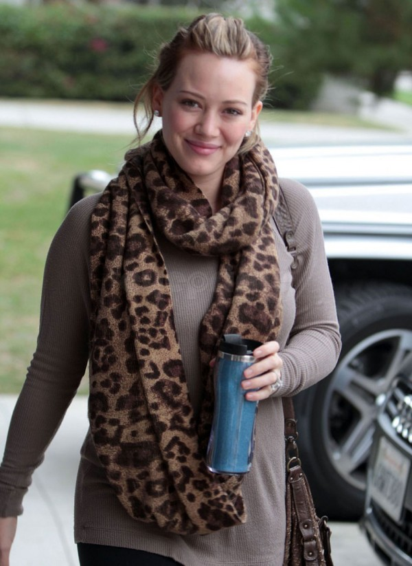 Hilary Duff Heading to the Gym