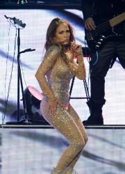 Jennifer Lopez at Mohegan Sun Casino