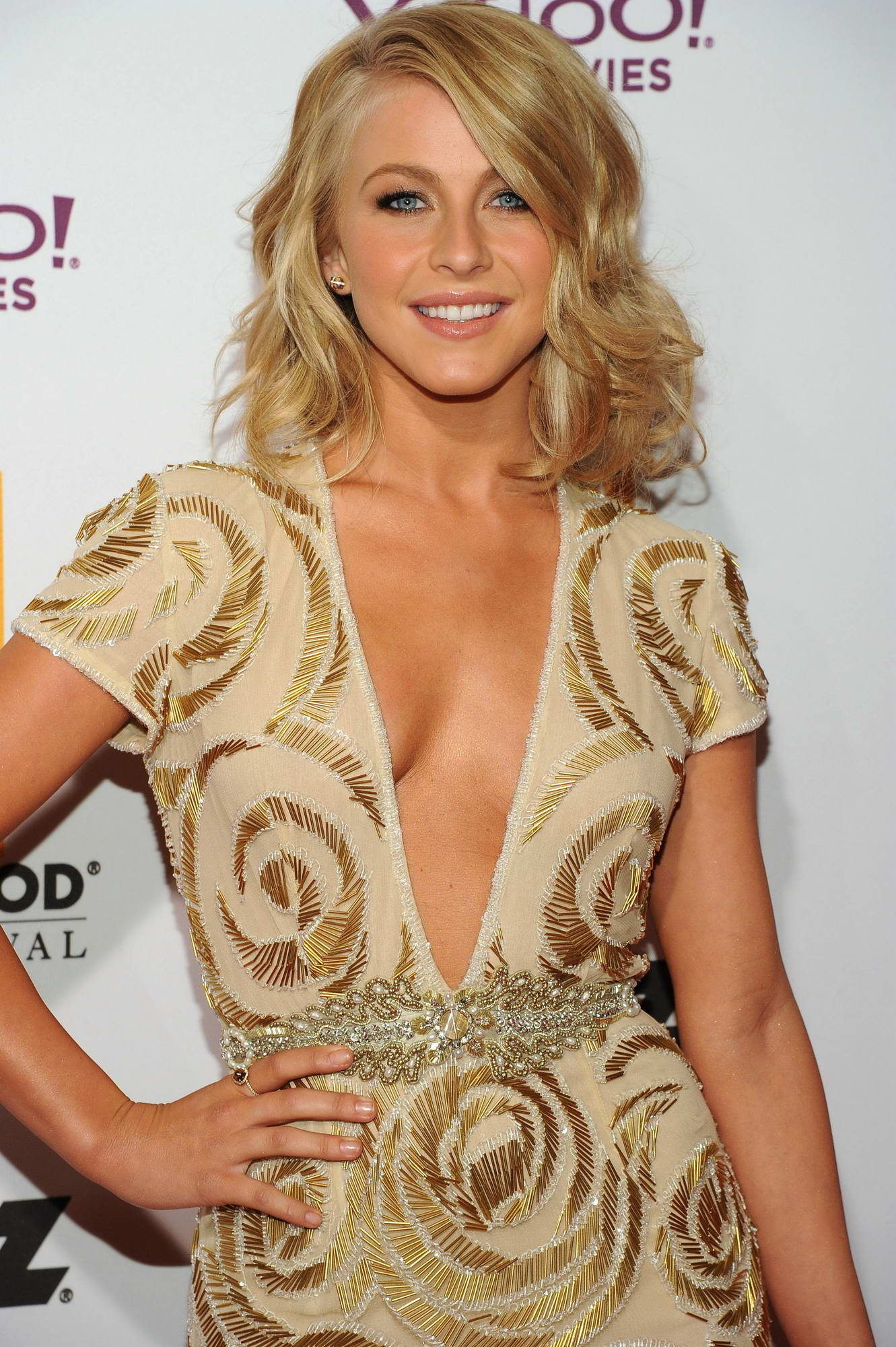 Julianne hough braless naked (37 pics)
