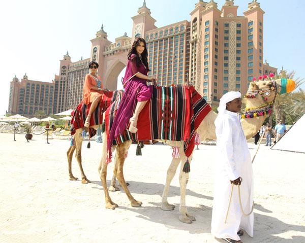 Kim Kardashian at Camel Ride