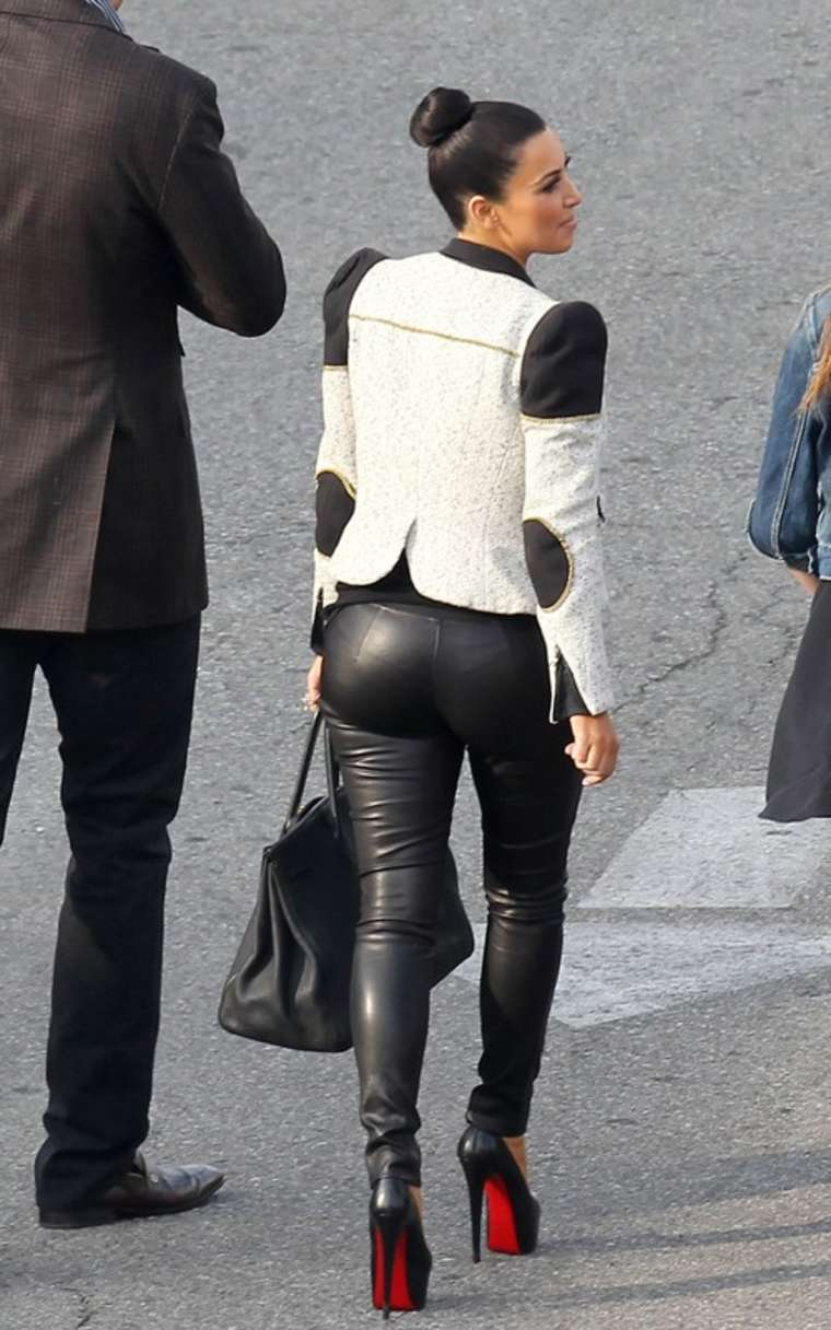 Kim Kardashian in Black Tight Pants in LA - HawtCelebs - HawtCelebs