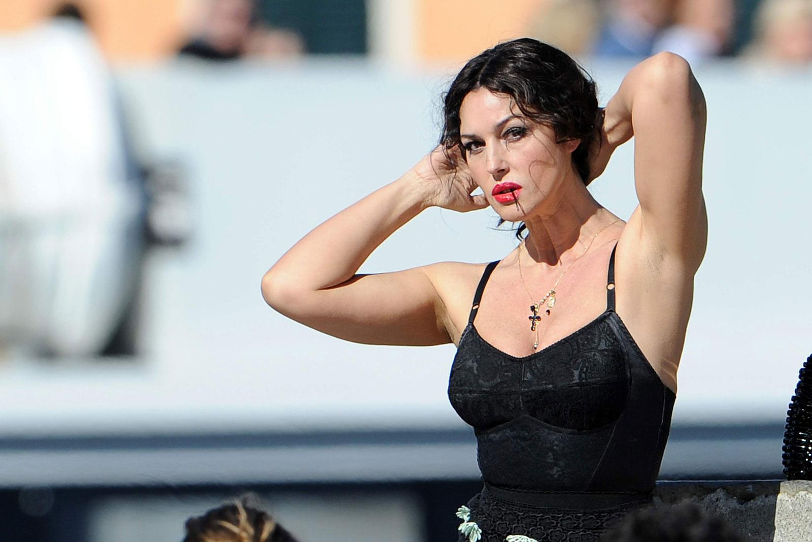 Tanya roberts sheena topless