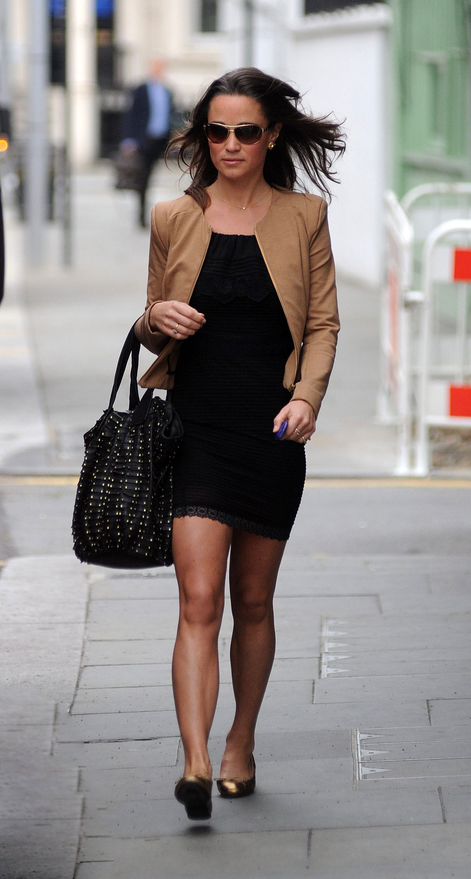 Pippa Middleton - Red Dress Candids in London-03 - GotCeleb