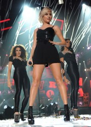 Pixie Lott Performs at 2011 Radio 1 Teen Awards