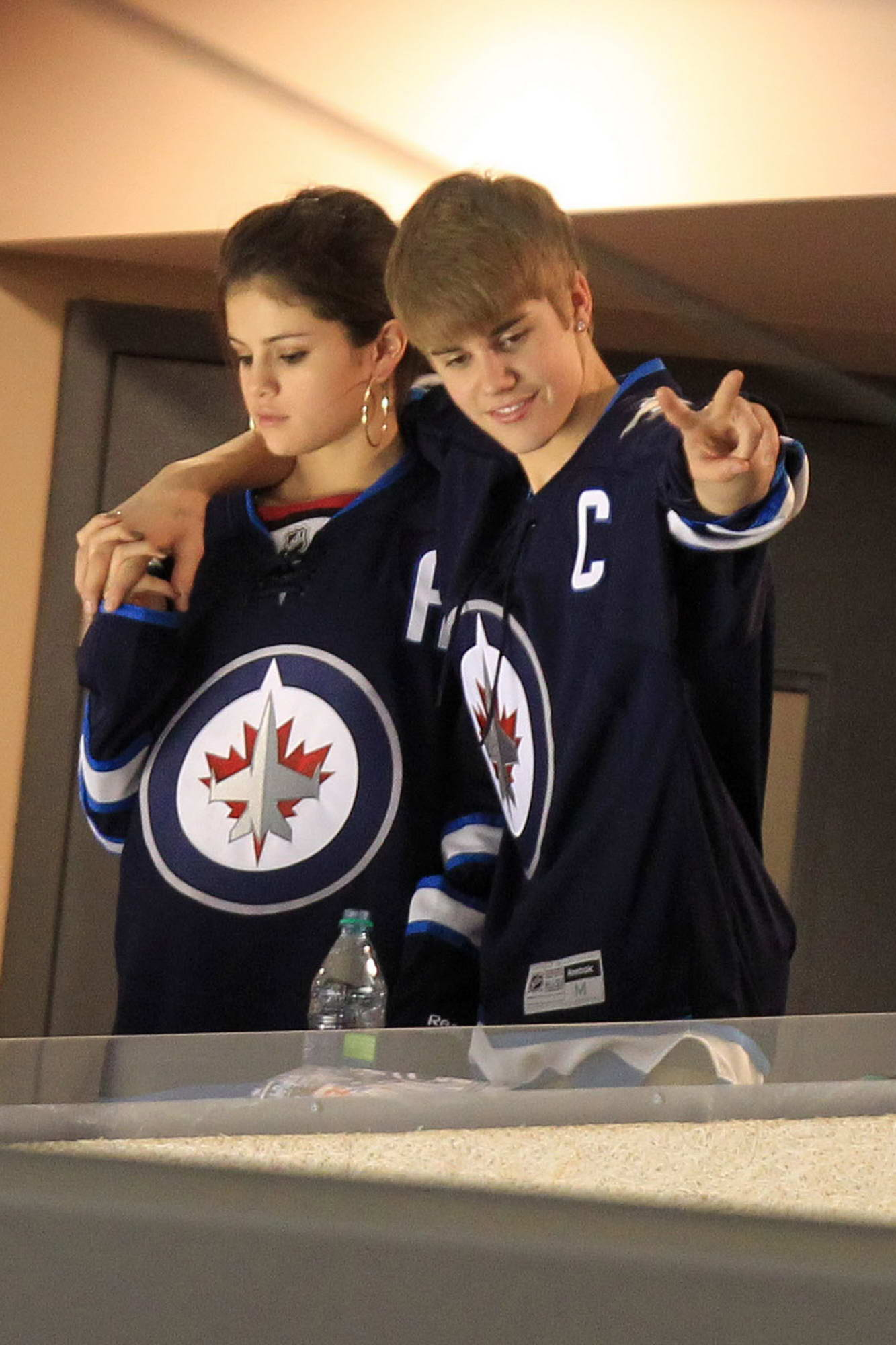 Selena Gomez And Justin Bieber At Winnipeg Jets Hockey