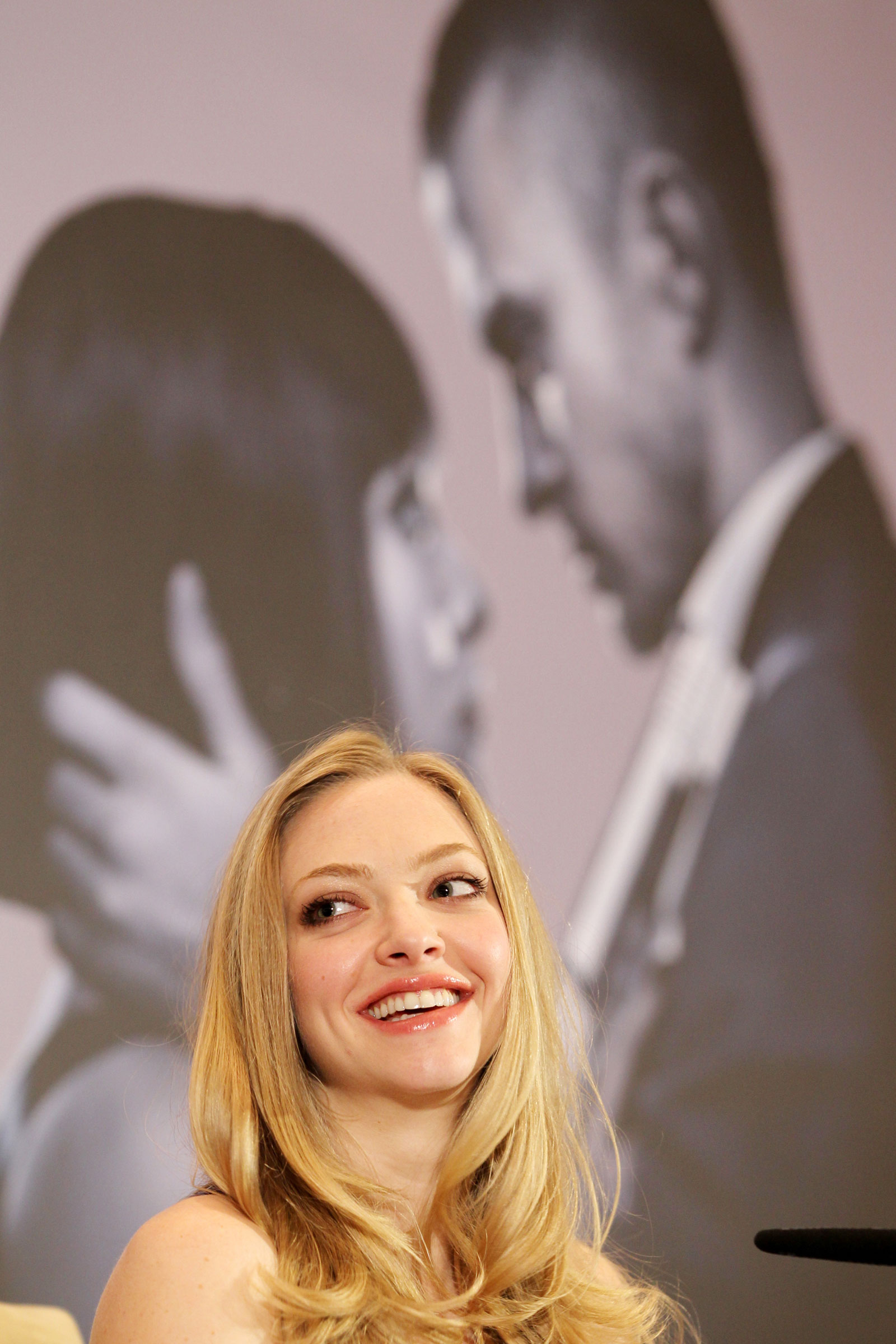 38 Photos of Amanda Seyfried at In Time Photocall in