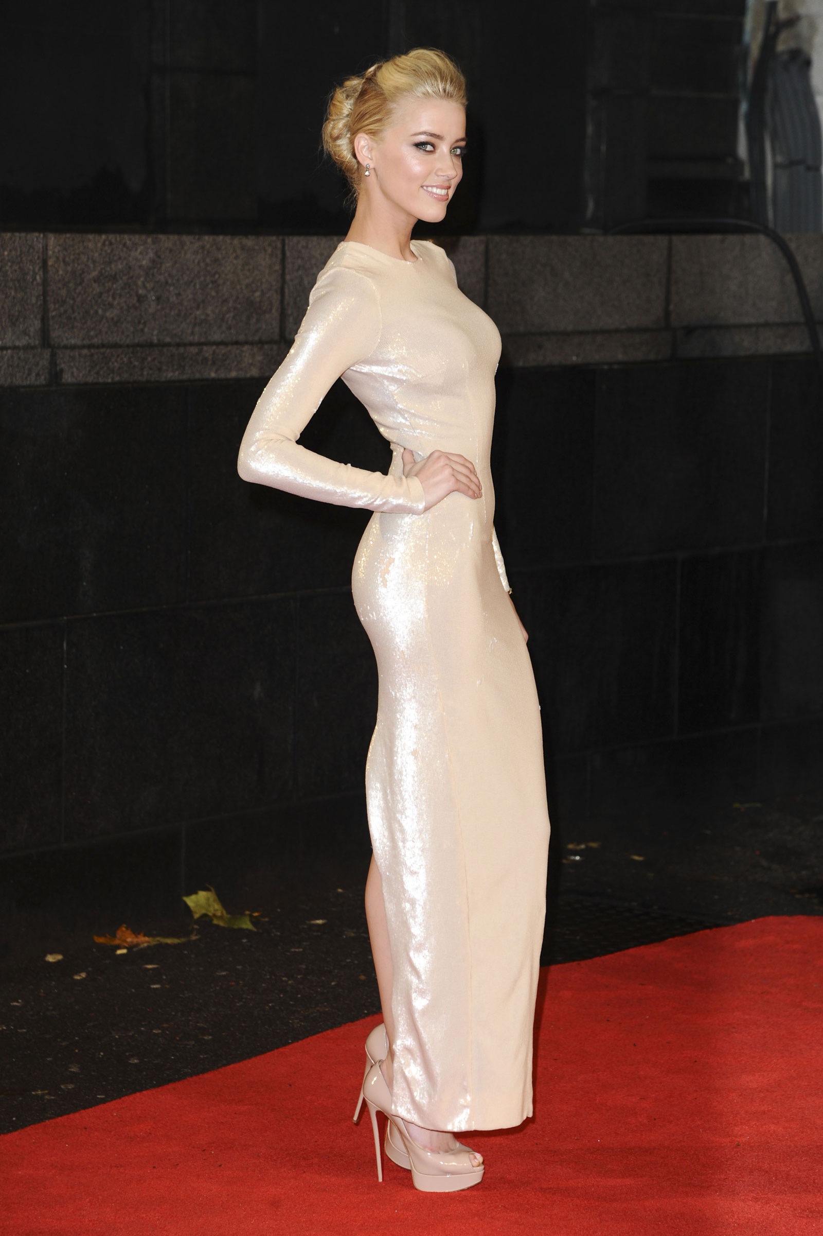 Amber Heard at The Rum Diary Premiere in London (62 Photos ...