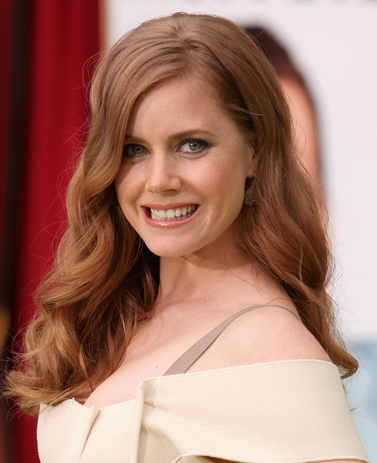Amy Adams: Amy Adams At The Muppets Premiere At The El Capitan