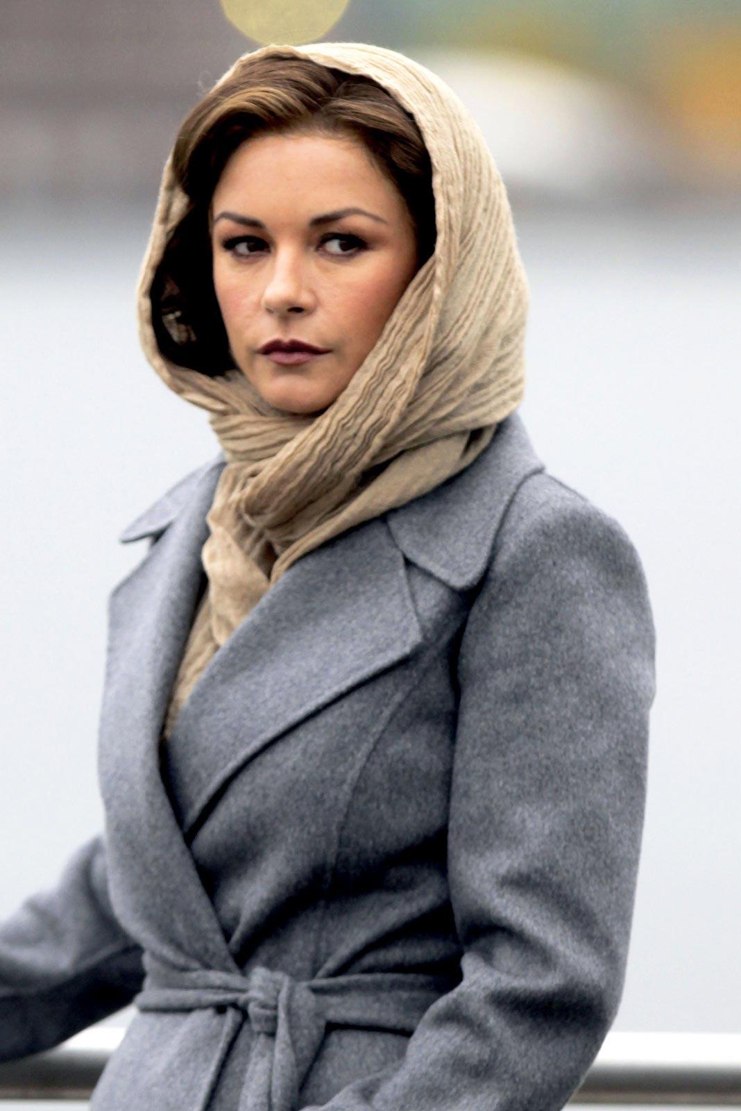 Catherine Zeta Jones Archives - Page 3 of 3 - HawtCelebs - HawtCelebs Catherine Zeta Jones