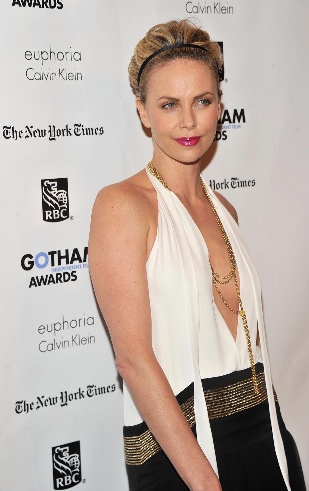 Charlize Theron Full Bio, Career, News, Love, Net Worth 2020
