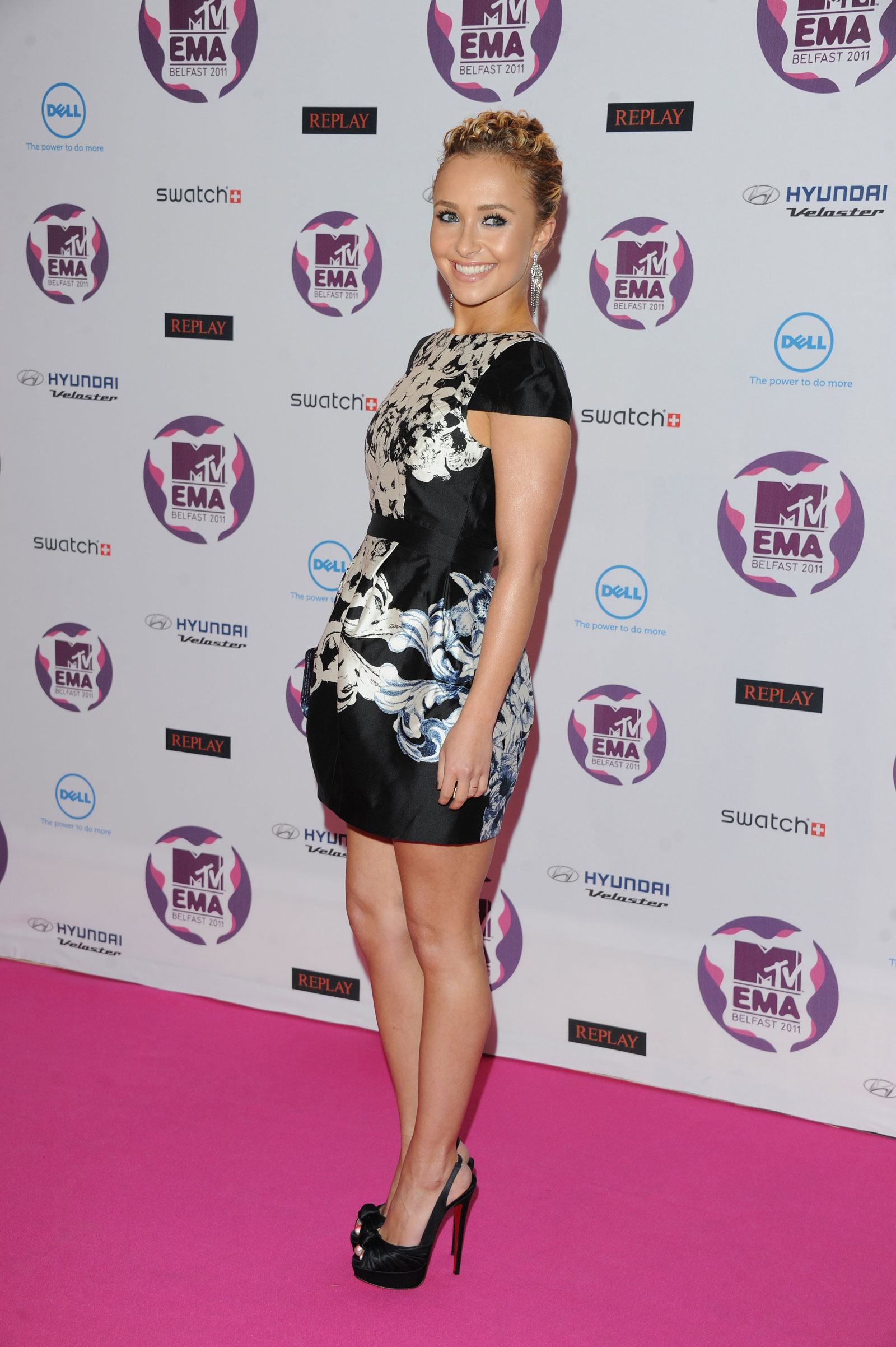 Hayden Panettiere At Mtv Ema In Belfast Hawtcelebs