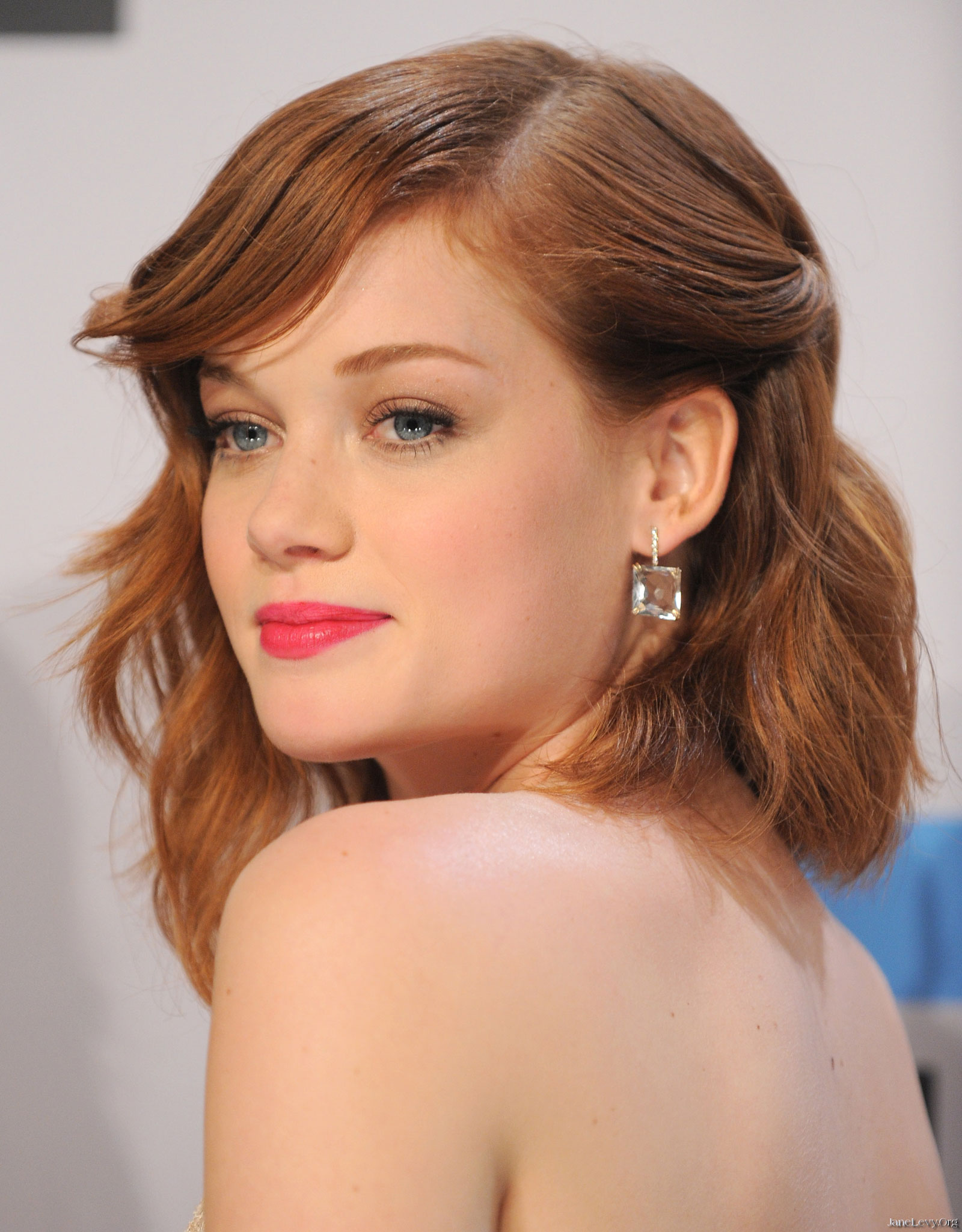 Jane Levy Net Worth