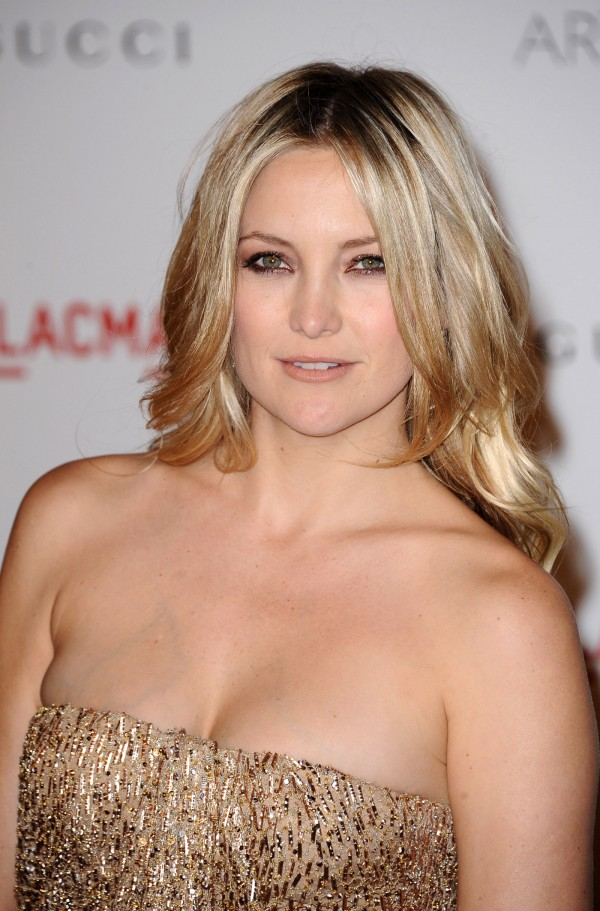 http://www.hawtcelebs.com/wp-content/uploads/2011/11/Kate-Hudson-at-LACMA-Inaugural-Art-and-Film-Gala-in-Los-Angeles-6-600x911.jpg