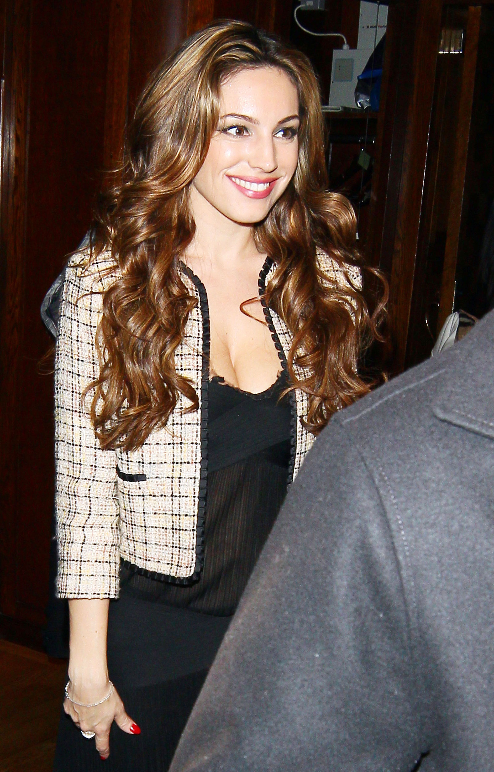 Kelly Brook On Her 32nd Birthday At The Ivy Restaurant In