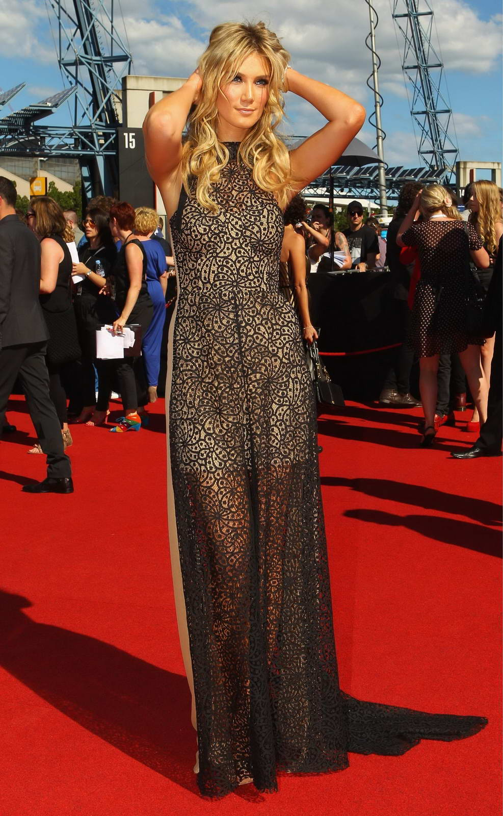 kylie minogue and delta goodrem arrives aria awards in