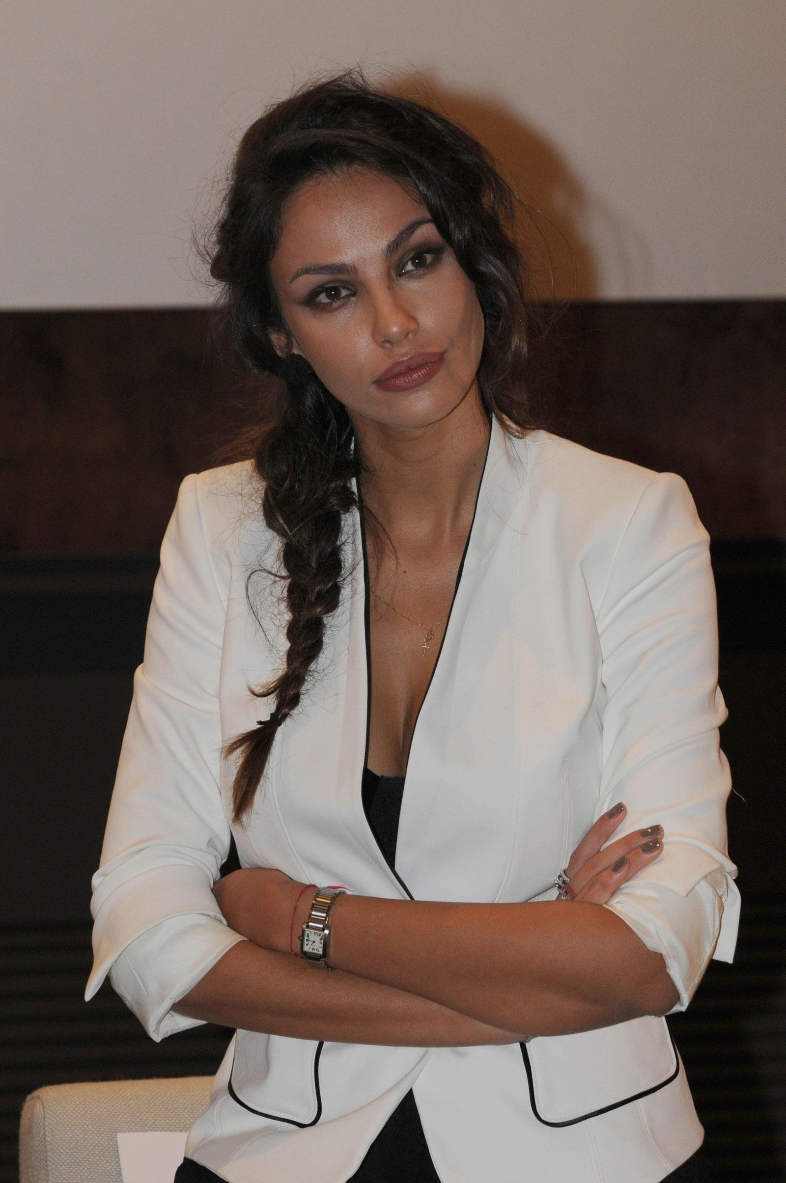 madalina ghenea wiki - photo #29
