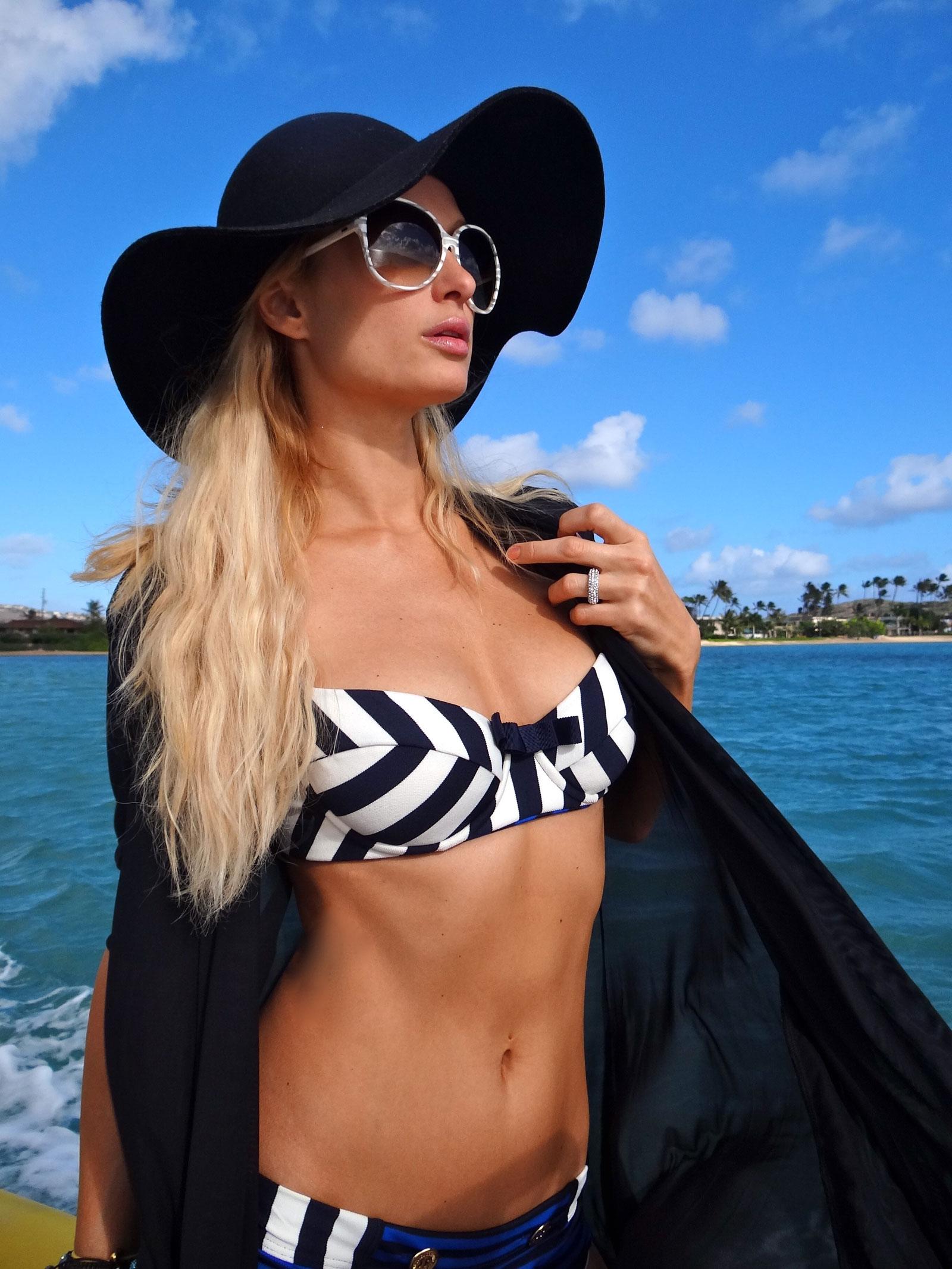 Cyrus bikini photo hilton