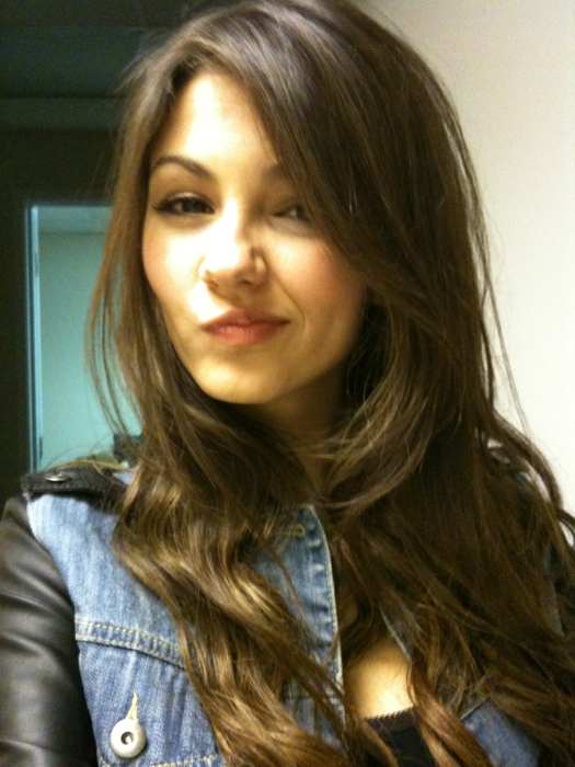 victoria justice private twitter photo hawtcelebs