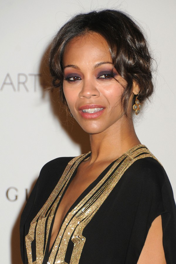 http://www.hawtcelebs.com/wp-content/uploads/2011/11/Zoe-Saldana-at-LACMA-Inaugural-Art-and-Film-Gala-in-Los-Angeles-32-600x900.jpg