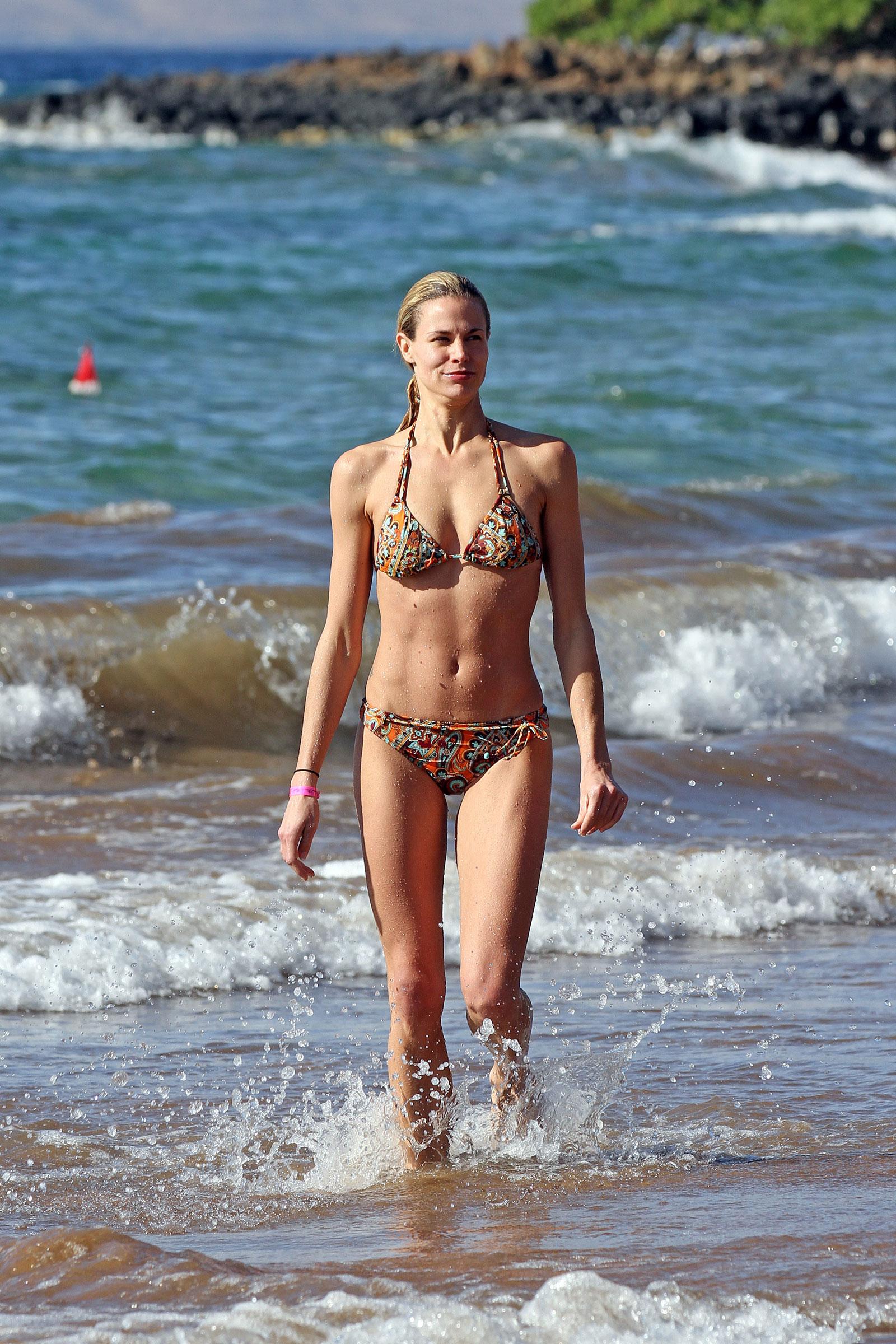 Is a cute Bikini Megan Burns  naked (33 foto), 2019, cameltoe