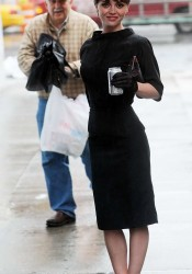 Christina Ricci Looks Good On Set of Pan Am in New York