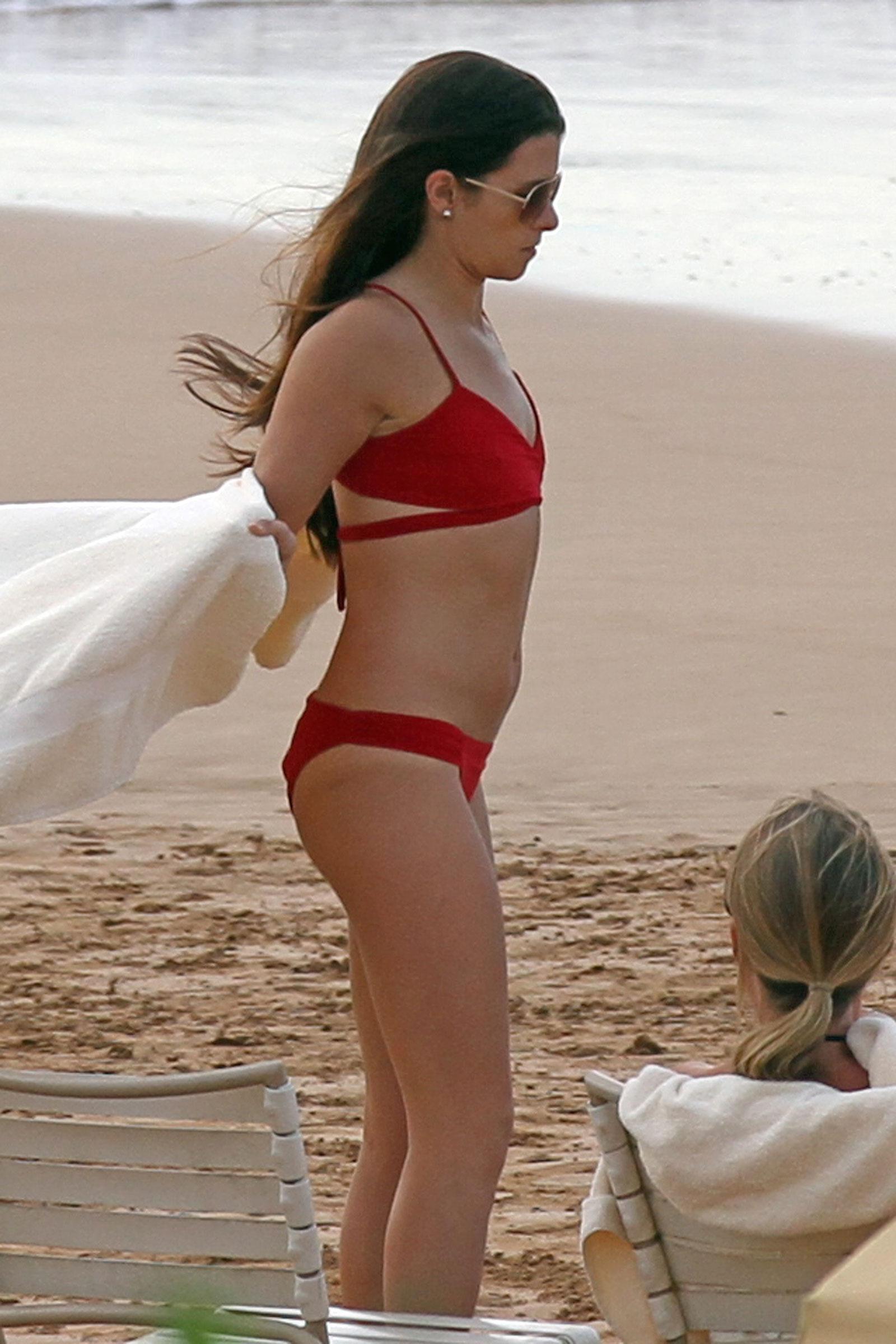 photos Dania patrick bikini
