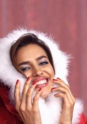 Irina Shayk Intimissimi Special Christmas 2011 Commercial