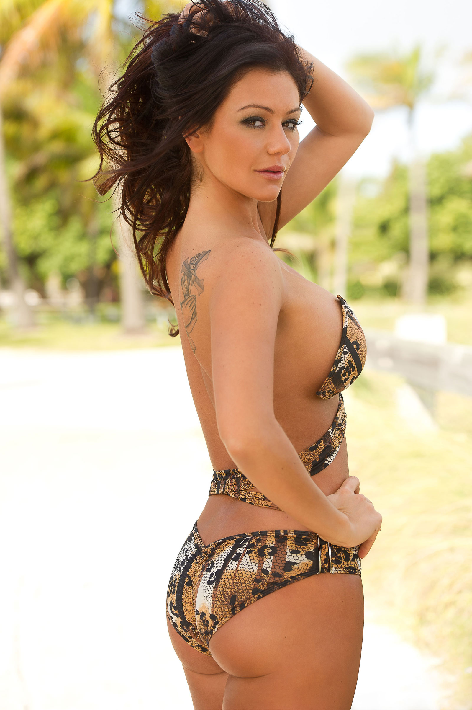 Jenni j wow desnuda