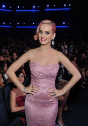 Katy Perry Looks Beautiful at the Grammy Nominations Concert in Los Angeles
