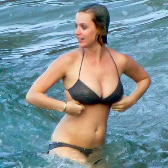 Katy perry bikini photos