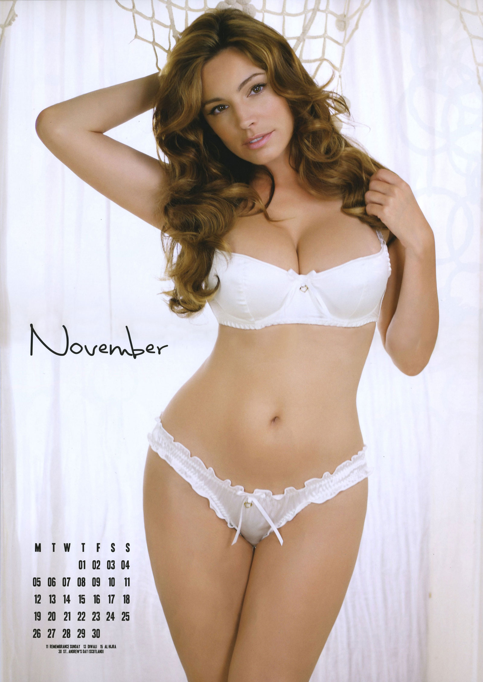 official kelly brook 2012 calendar hawtcelebs. Black Bedroom Furniture Sets. Home Design Ideas