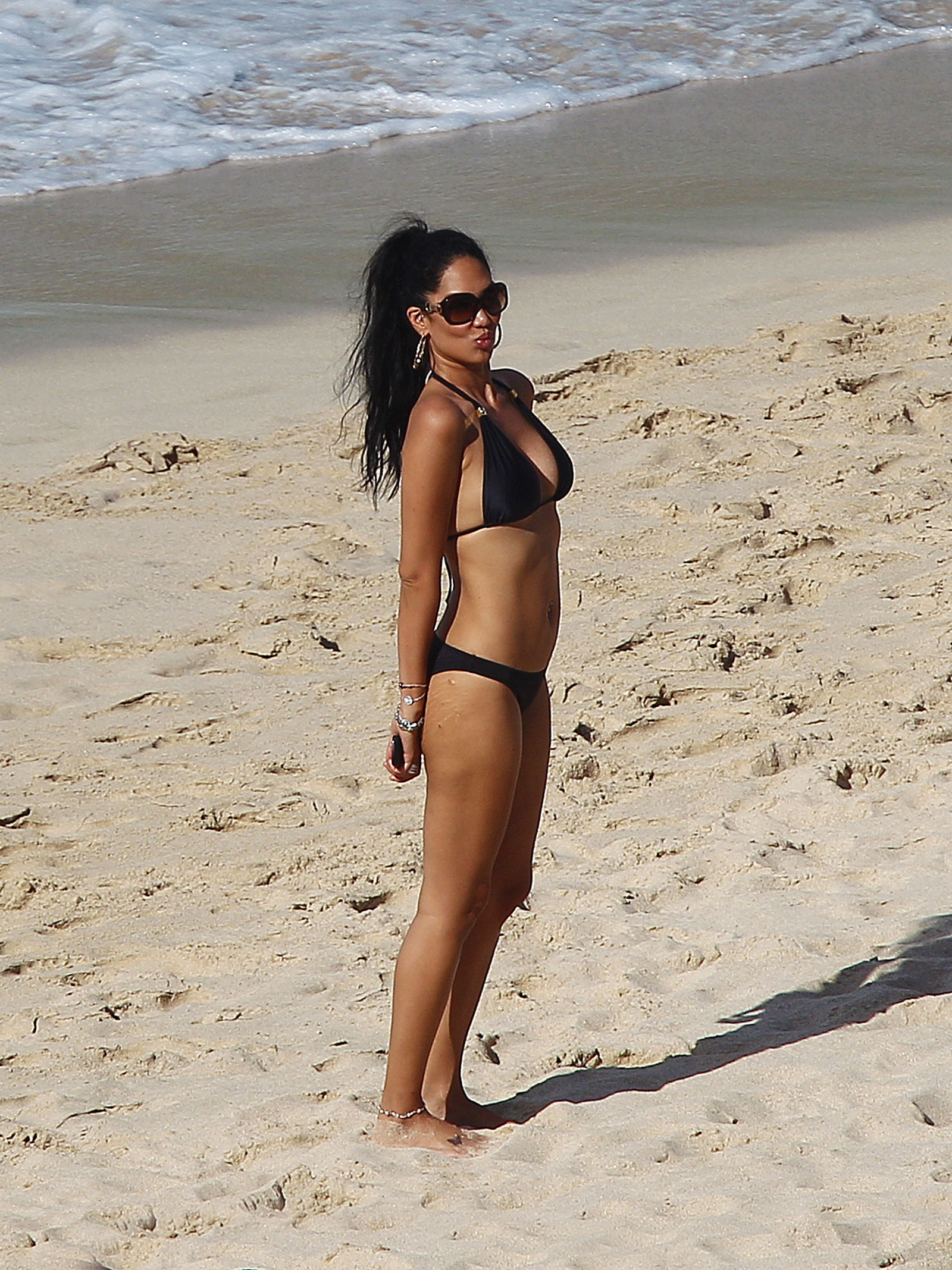 Kimora lee simmons bikini
