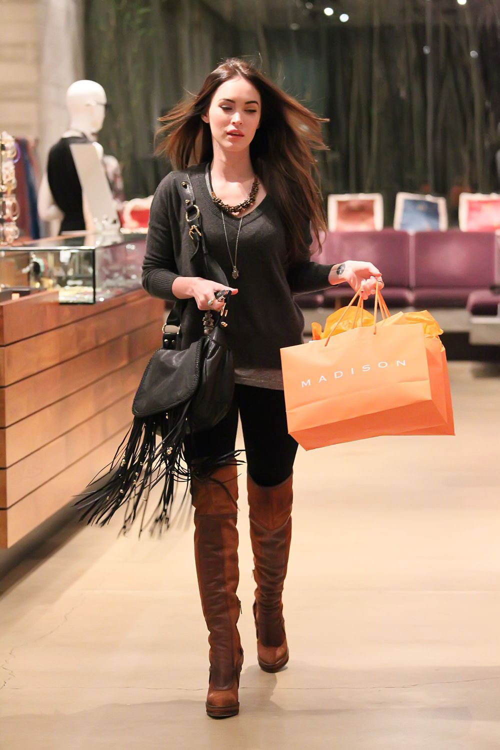 http://www.hawtcelebs.com/wp-content/uploads/2011/12/Megan-Fox-in-Knee-Boots-Shopping-at-Madison-6.jpg