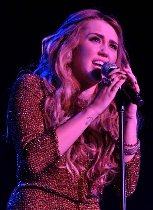 Miley Cyrus - Trevor Live At The Hollywood Palladium In LA