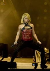 Shakira Performs at 40 Principales Awards in Madrid