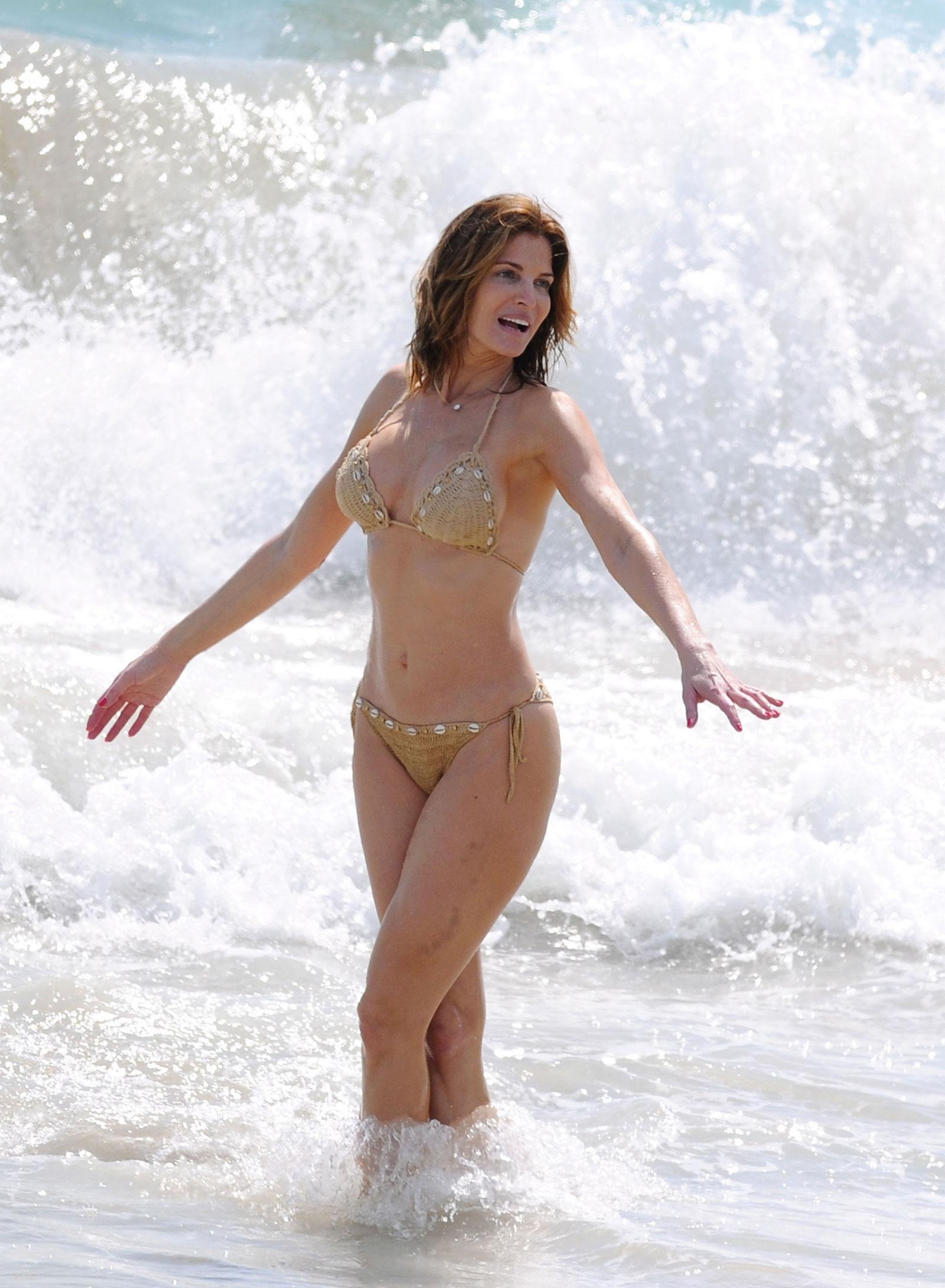 Stephanie Seymour In Bikini On The Beach At St Barts