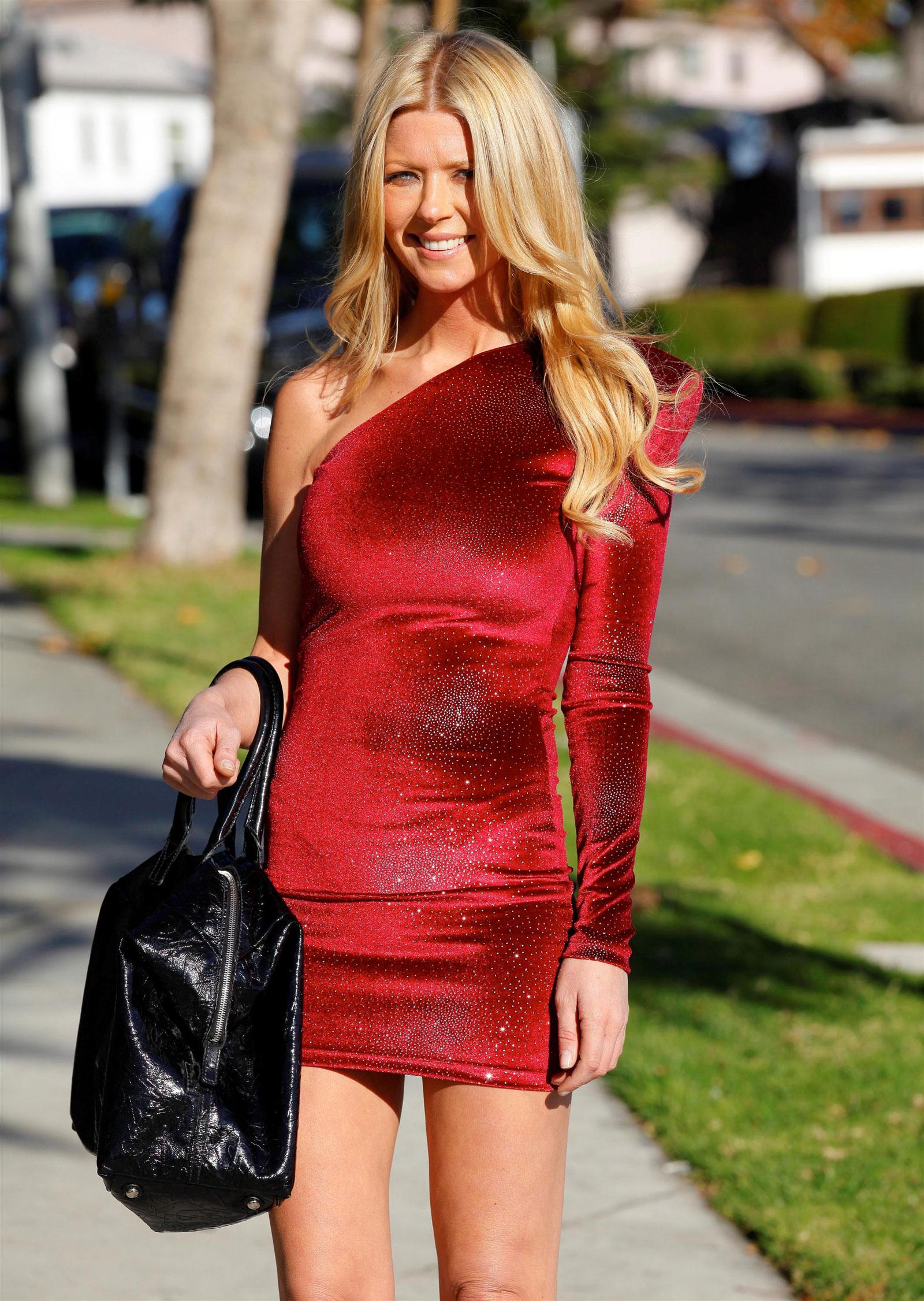 Tara Reid Dresses