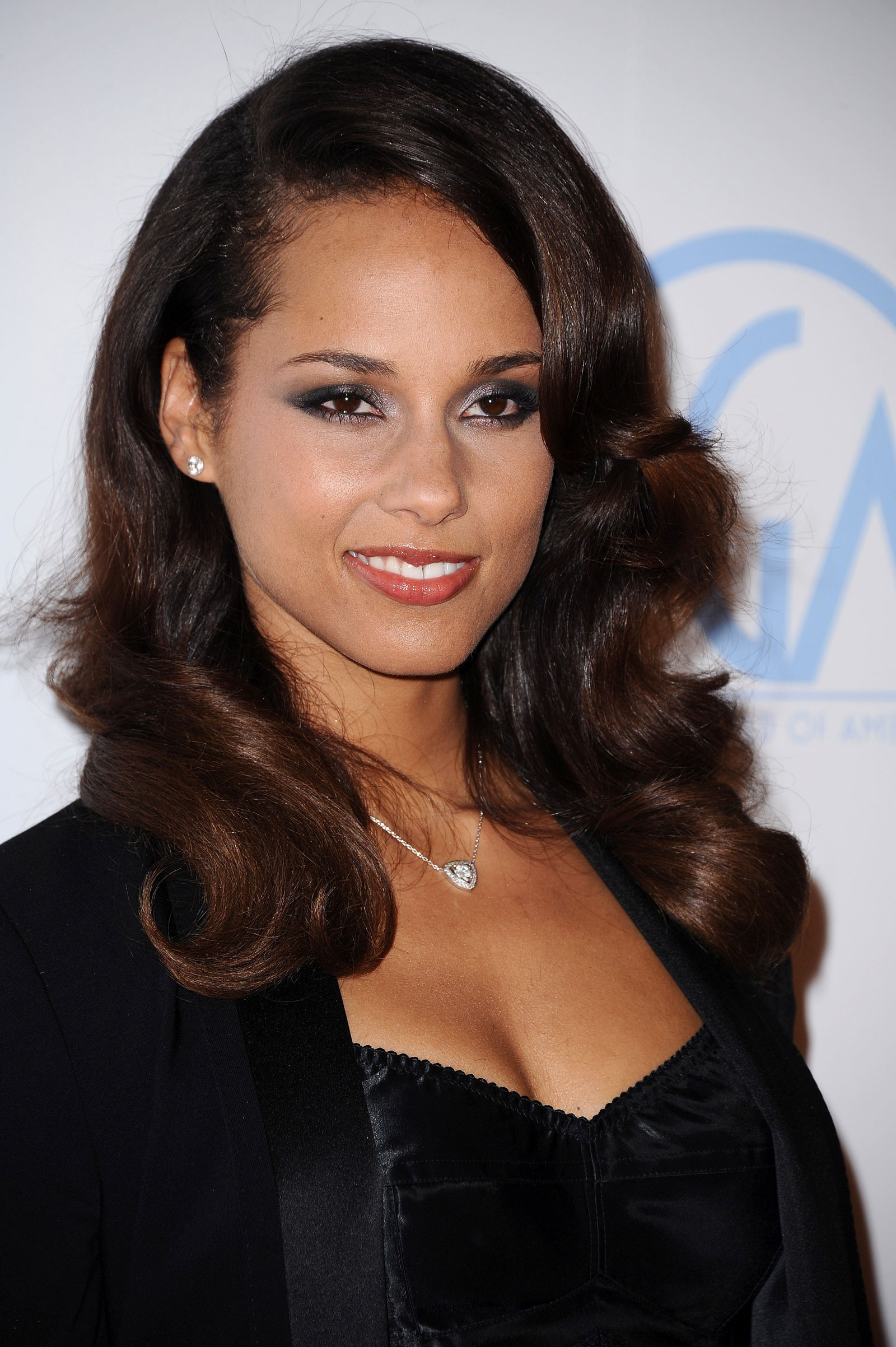 For Alicia Junior Girls Clothing Kids Clothes Kids: Alicia Keys At 23rd Annual Producers Guild Awards In