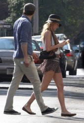Blake Lively Candids on Blake Lively Leggy Candids Out And About In New Orleans   Hawtcelebs