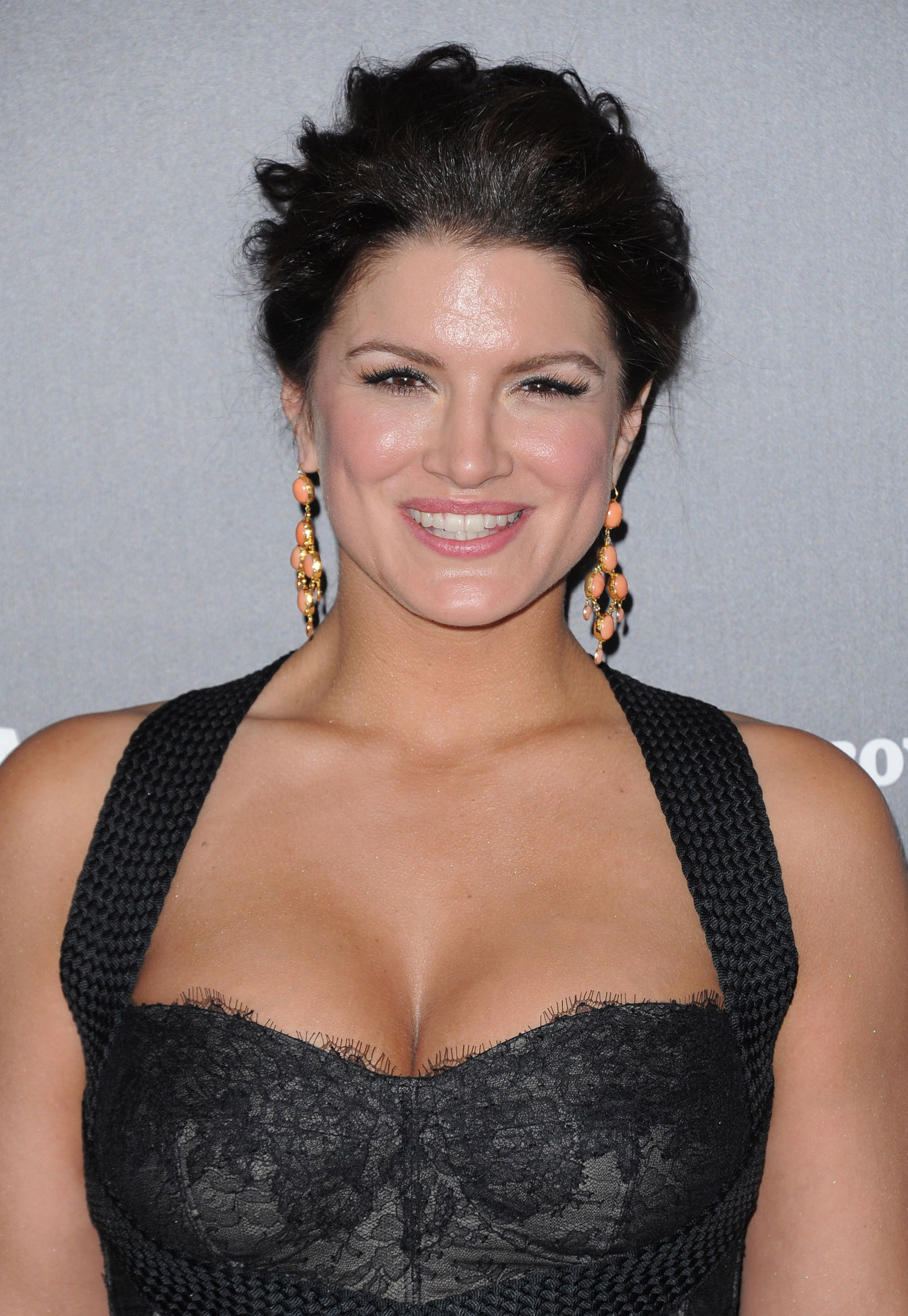 Gina Carano - Picture Colection