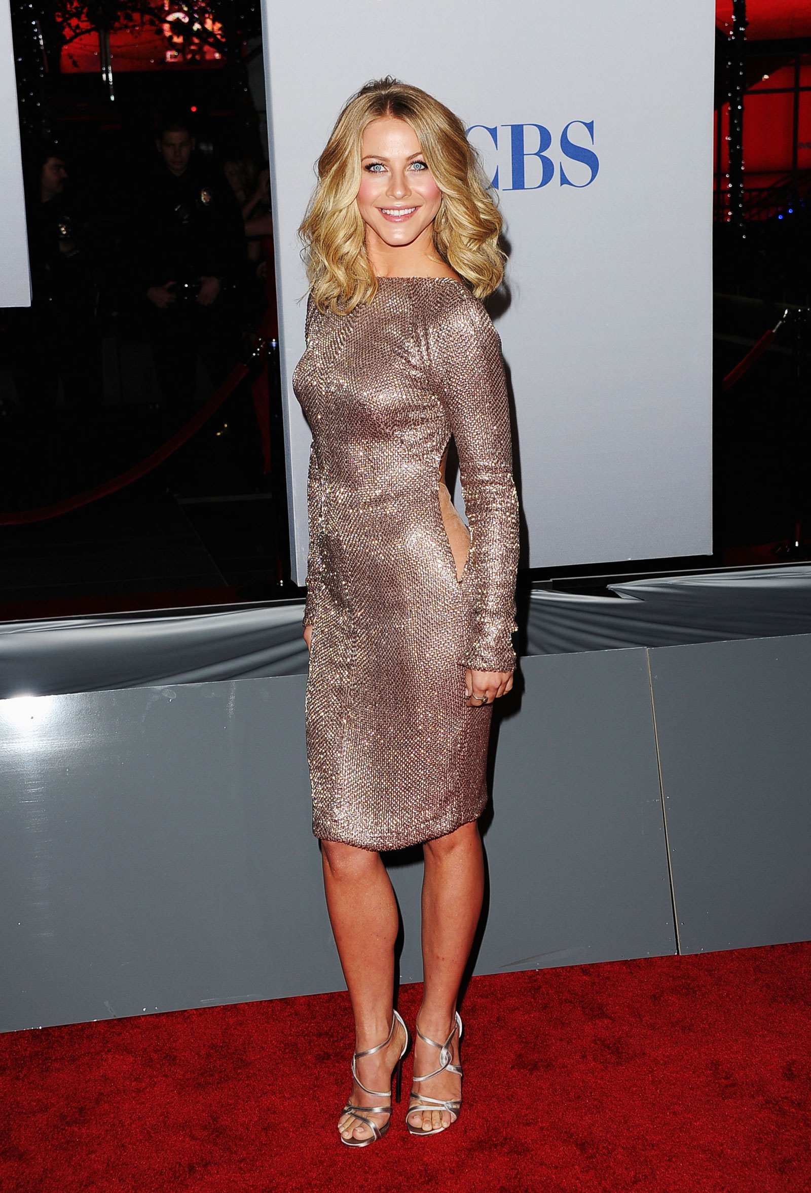 Julianne Hough at the 2012 Peoples Choice Awards at Nokia