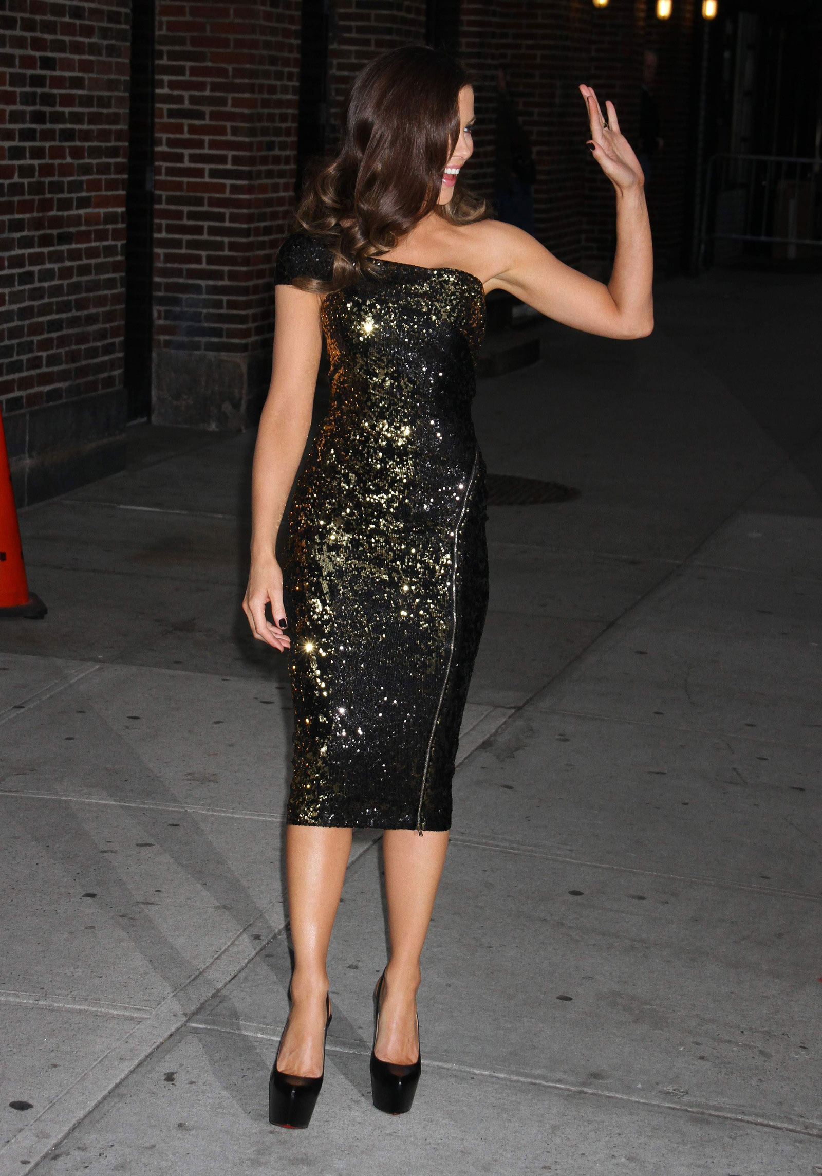 kate beckinsale arriving a the late show with david
