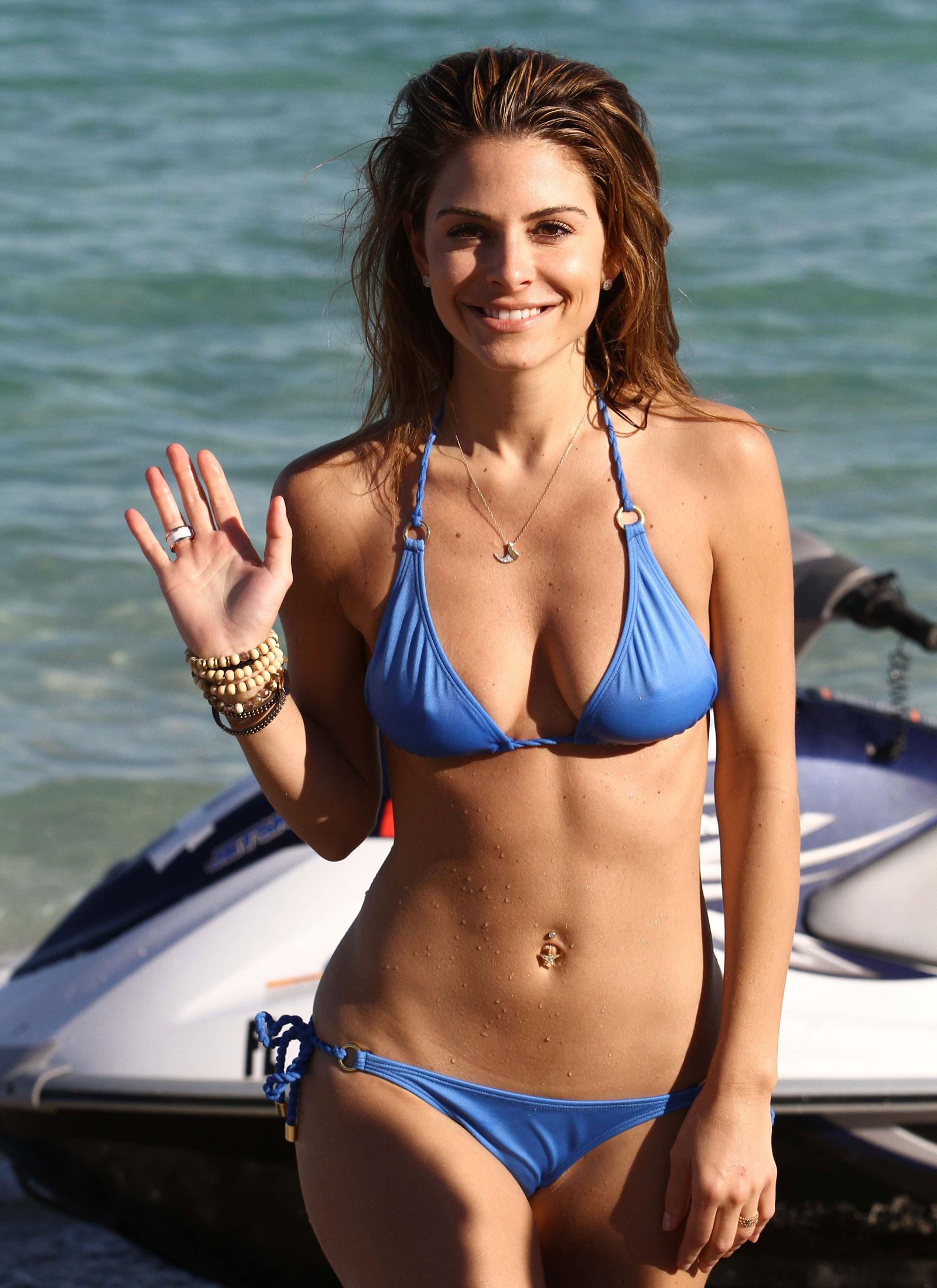 Maria Menounos In Bikini 79