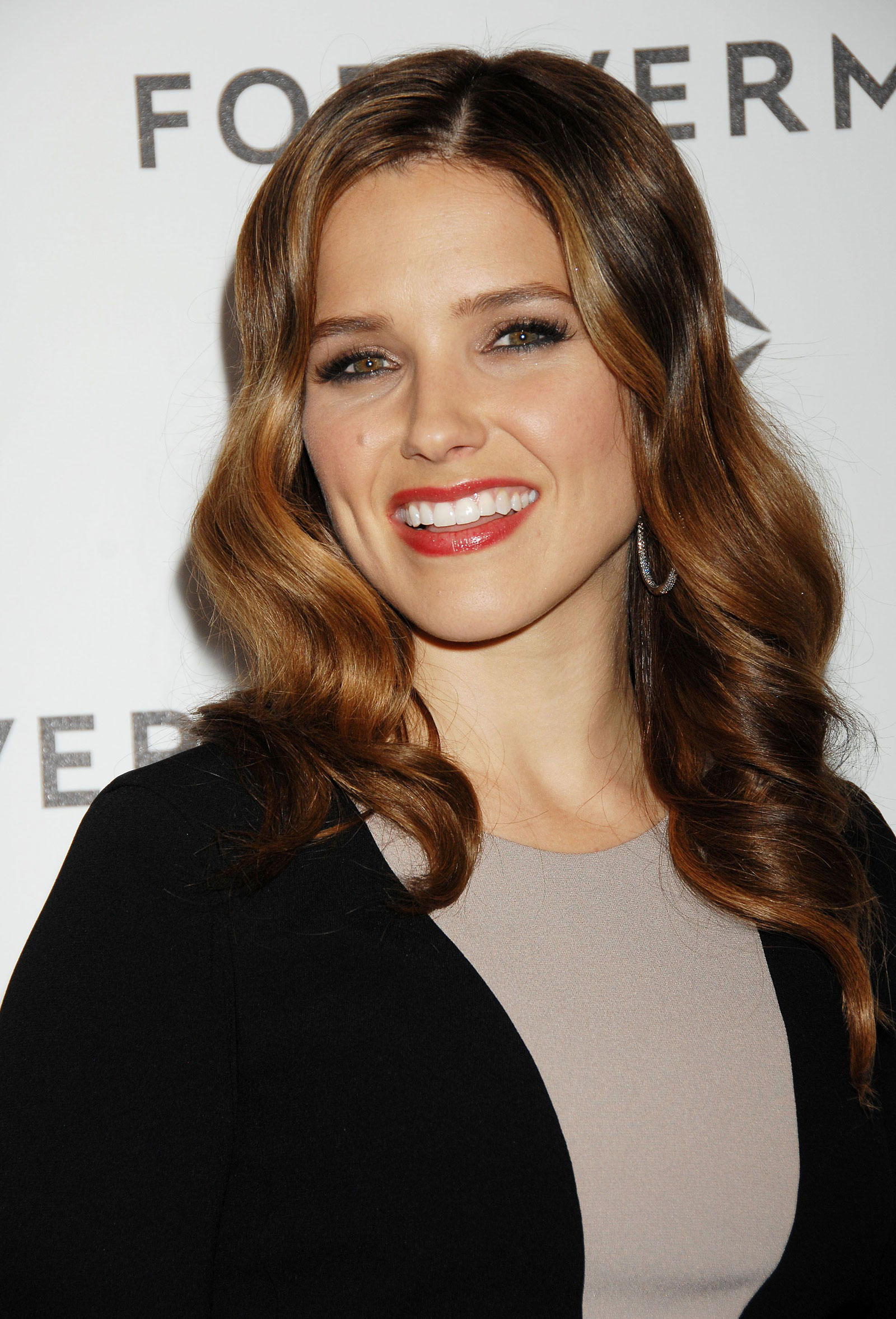 Sophia Bush At Forevermark And InStyle Golden Globes Event