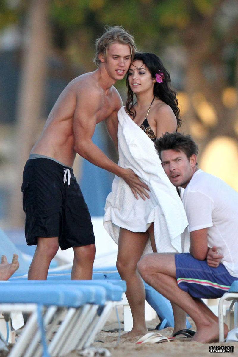 Vanessa Hudgens In Bikini On The Beach In Hawaii Hawtcelebs
